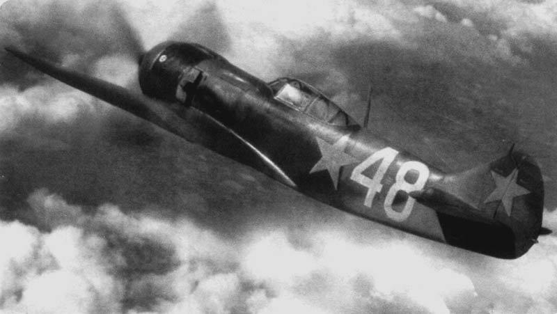 По-настоящему высокой боевая живучесть советских новых истребителей с мотором воздушного охлаждения стала только с появлением Ла-5ФН (форсированный наддув) / ©Wikimedia Commons