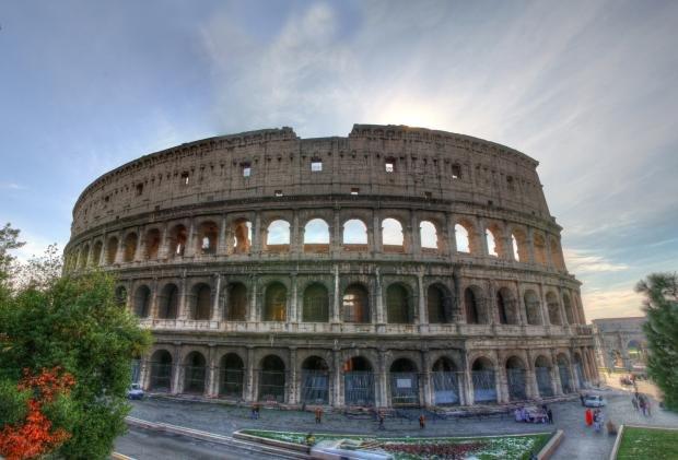 Власти Италии представили проект реконструкции арены Колизея