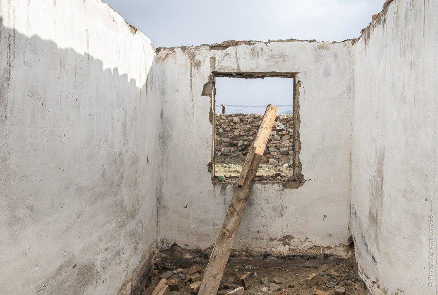 Угловое помещение 22 с единственным окном в сторону фронта