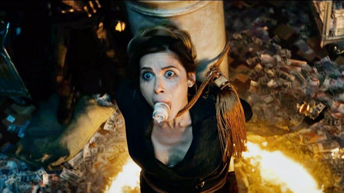 Почему майор Гром – главный злодей фильма? А Чумной доктор – это положительный герой?