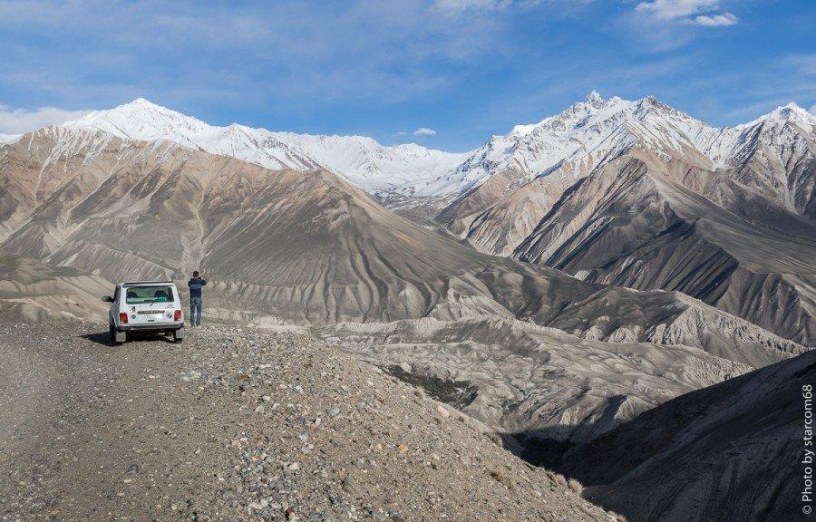 Дорога на заставу Харгуш. Холодная каменистая высокогорная пустыня вступает в свои права. Репортаж будет чуть позже