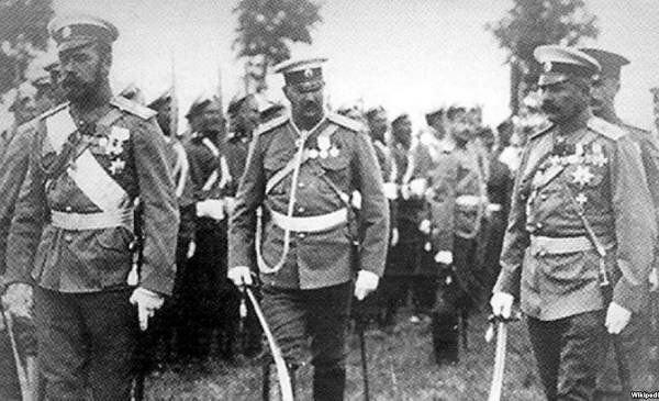 Orduda (İmperator və yeni təyin olunmuş köməkçi general)