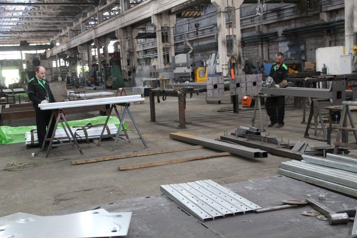Штат рабочих на заводах уменьшился