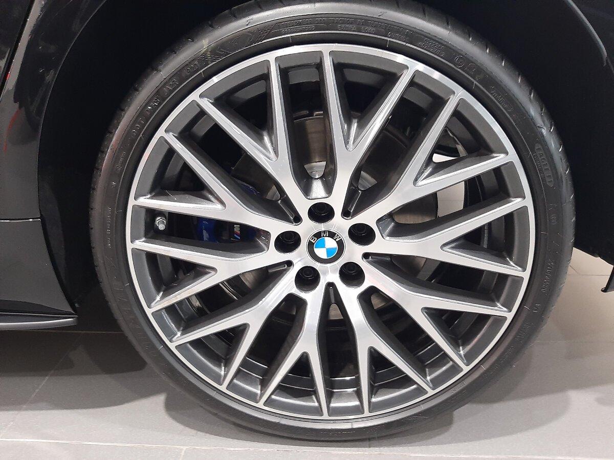 BMW5 G30 - литой диск на 20 дюймов