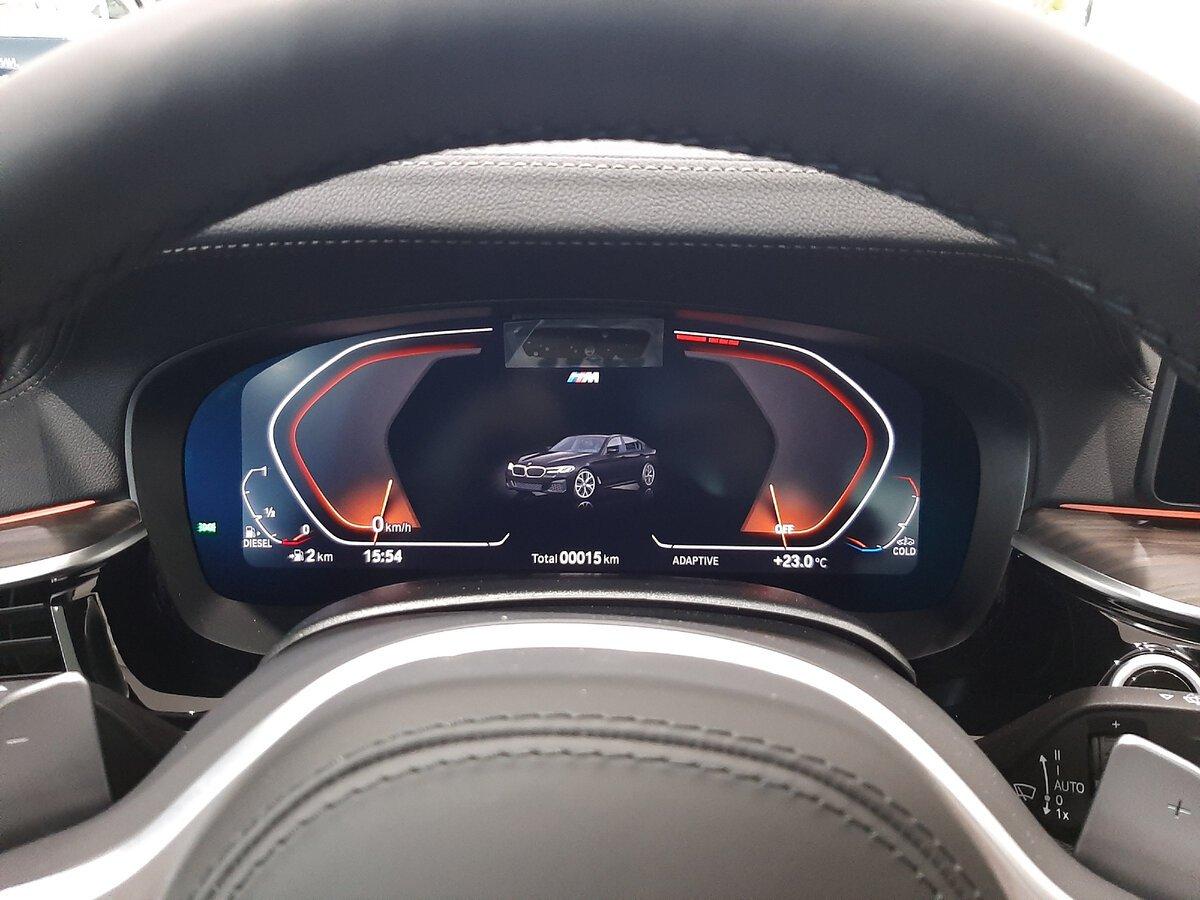 BMW5 G30 виртуальная приборная панель