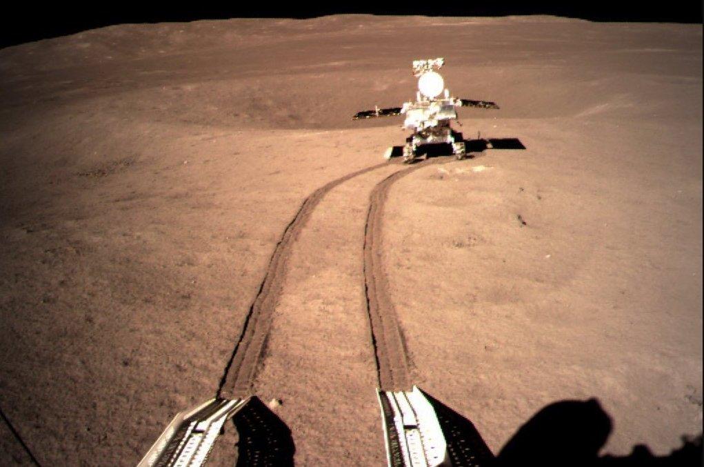 Китайская станция Чанъэ-4 в 2019 году исследовала обратную сторону Луны и отправила нам подробную карту спутника
