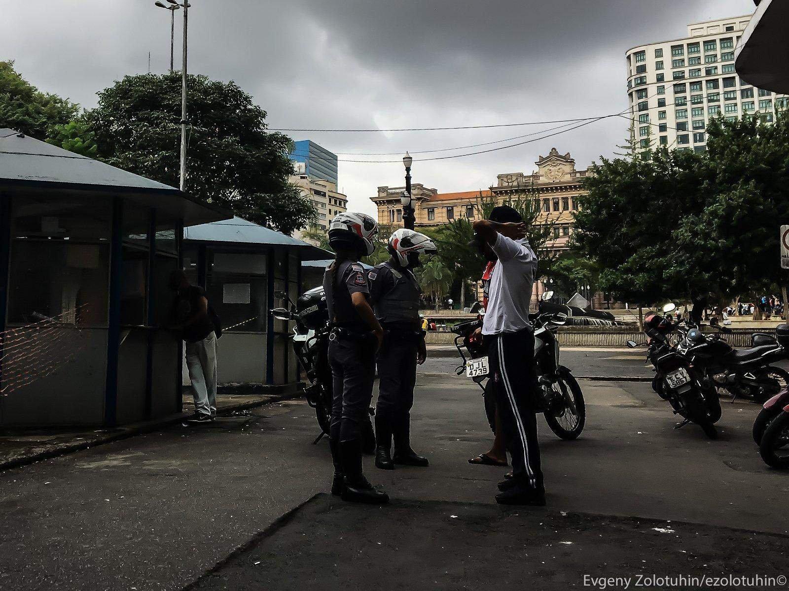 Полиция Бразилии приняла меня за сообщника наркоторговцев