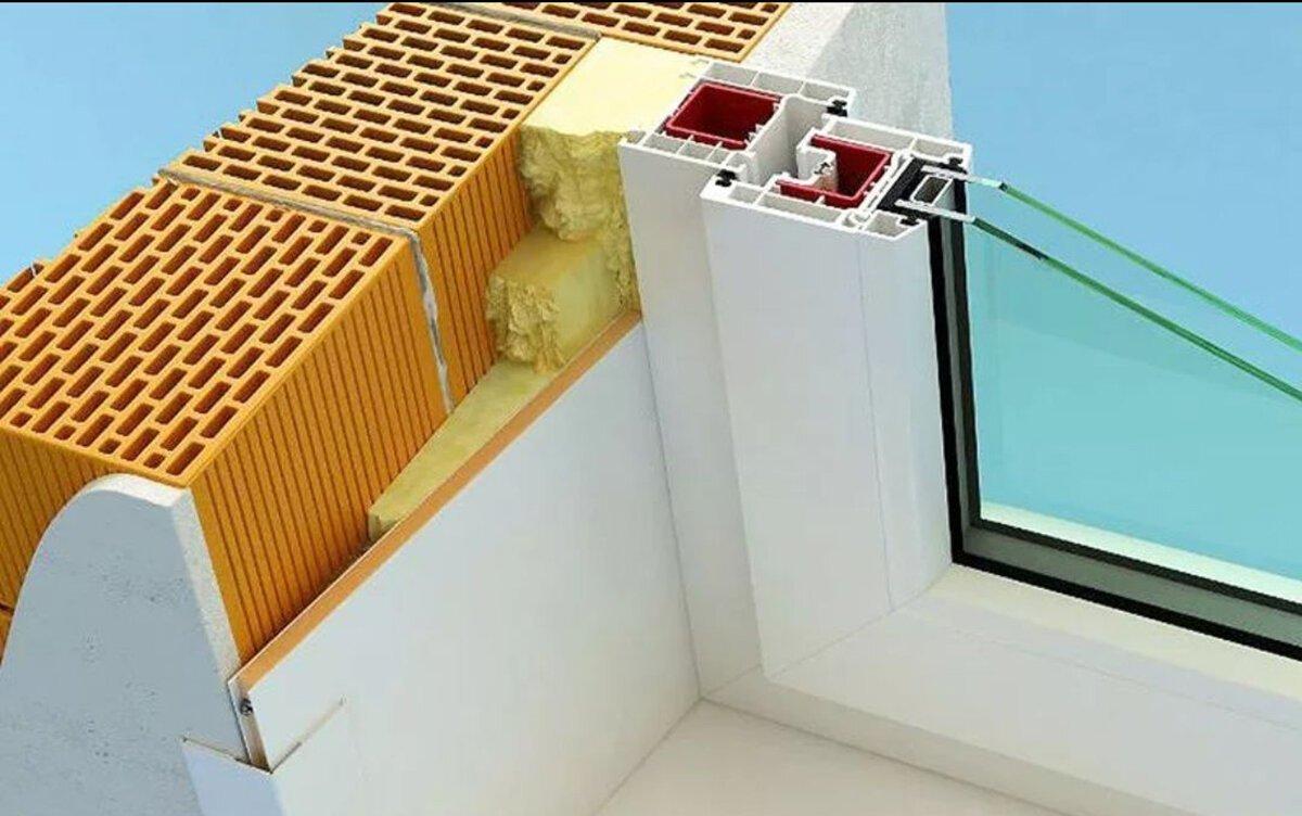 Отличным вариантом для отделки оконных откосов являются термопанели